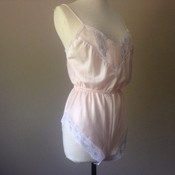 Wedding - M / Satin & Lace Teddy / Vintage Lingerie / By Woodward / Made In USA / FREE Shipping