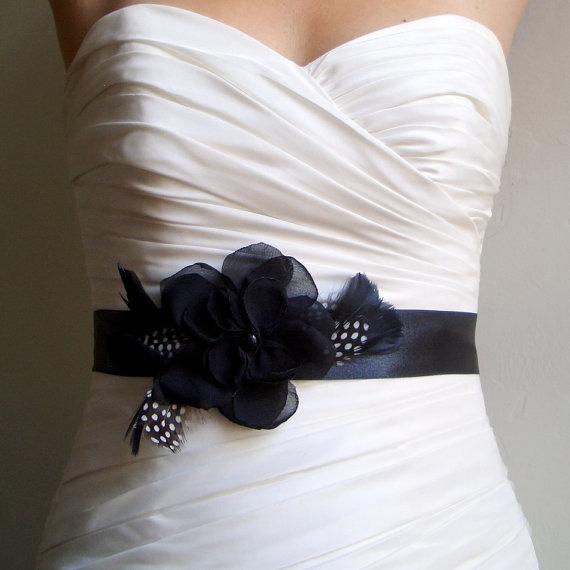 Mariage - Wedding Belt, Sash, with Polkadot and Black Feathers Wedding Accessories, Black Bridal Sash