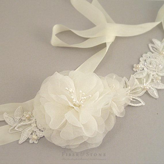 Mariage - Ivory SILK Wedding Sash Belt, Bridal Headband, Freshwater Pearls Lace Bridal Flower Silk Ribbon Headband, Wedding Flower Sash, Silk Sash