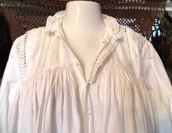 Mariage - Gorgeous White Cotton Victorian Nightgown with Heavy Crochet Trim, OS