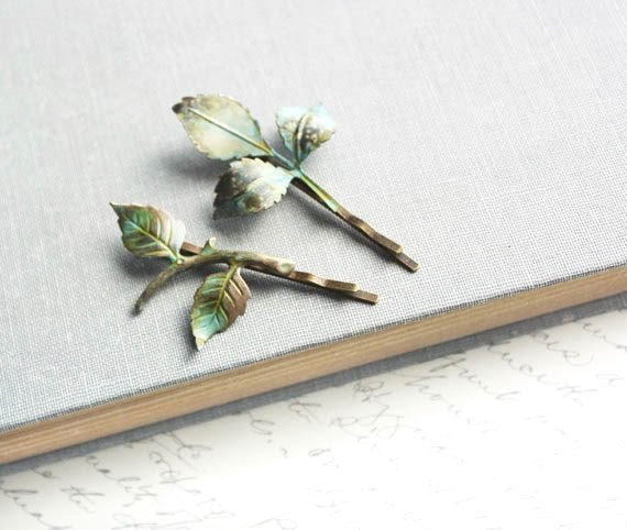 Mariage - Branch Bobby Pins Leaf Bobby Pins Verdigris Green Woodland Wedding Hair Accessory Rustic Nature Fairytale Enchanted Garden Bridal Hair Pins