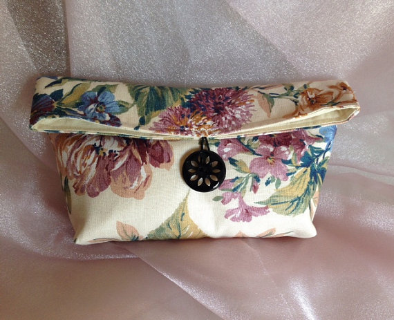 Mariage - WEDDING CLUTCH, BRIDESmaid Gift, Clutch bag, MADe To ORDeR, Cosmetic Travel Bag, Make-up Bag, Clutch Purse