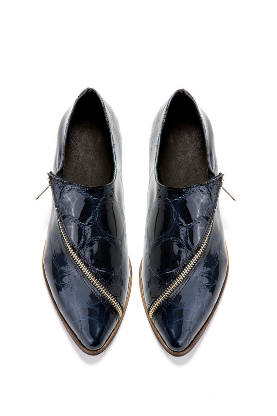 Свадьба - Sale 15% off Blue Flat shoes - Midnight blue oxford shoes - Handmade by ImeldaShoes