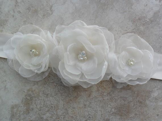 Mariage - Bridal Sash, Wedding Sash, Organza Floral Sash,White/Ivory/Blush Pink/Champagne/Black/Navy Sash,YOUR CHOICE COLOR,Bridal Belt, Sash,Victoria