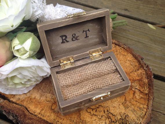 Wedding - Rustic wedding ring box, country wedding, ring pillow alternative, barn wedding