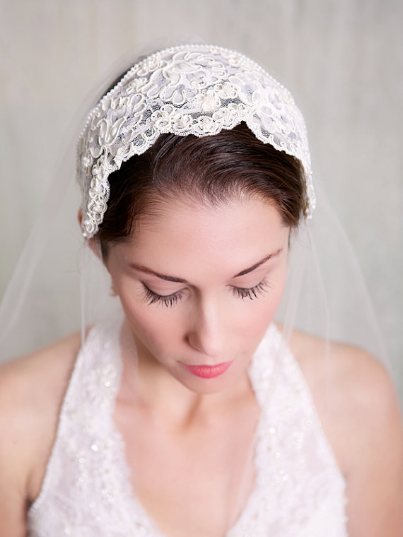 Mariage - Juliette Cap, Lace Bridal Cap, Vintage, Lace, Headband, Tiara, Pearl Veil, Pearl Headpiece, Great Gatsby Wedding, Princess Grace - STYLE 224