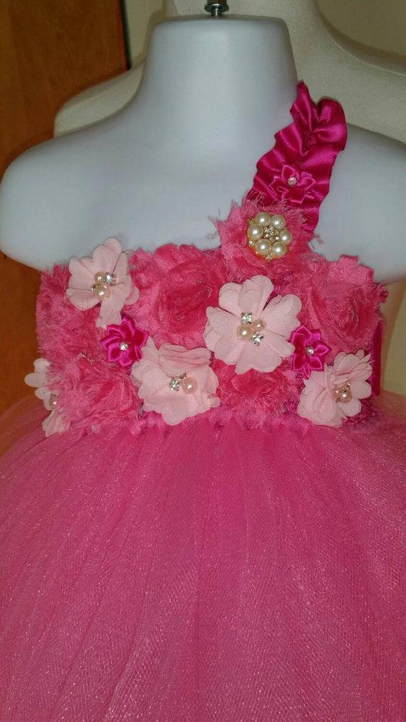 Mariage - Pink flower girl dress/ pink tutu dress/ flower girl tutu dress