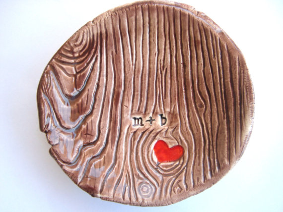 Mariage - Faux Bois Initials and Heart Carved into Tree Dish