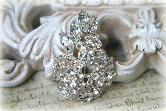Mariage - Large Rhinestone Brooch ~ Crystal Brooch ~ Brooch Bouquet, Bridal Jewelry, Costume Jewelry, Crafting, etc RH-029