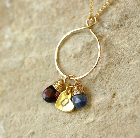 زفاف - Personalized mom necklace, gold infinity necklace, gold mother necklace, new mother jewelry - Carys