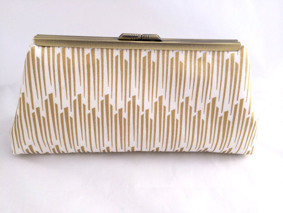 Mariage - Gold Handbag Clutch for Bridal Party Gift Wedding Party Gift in Gold Metallic Tassles and Gold Bronze Frame