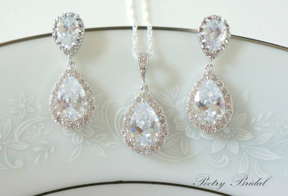 Свадьба - Crystal Bridal Earrings, Bridal Jewelry SET, Wedding Jewelry Set, Pear Shaped Crystals, Bridesmaid Jewelry Set,  Bridal Set