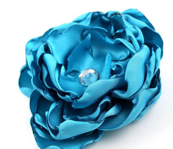 Свадьба - Aqua Satin Dog Collar Flower - Wedding Accessory for Pets
