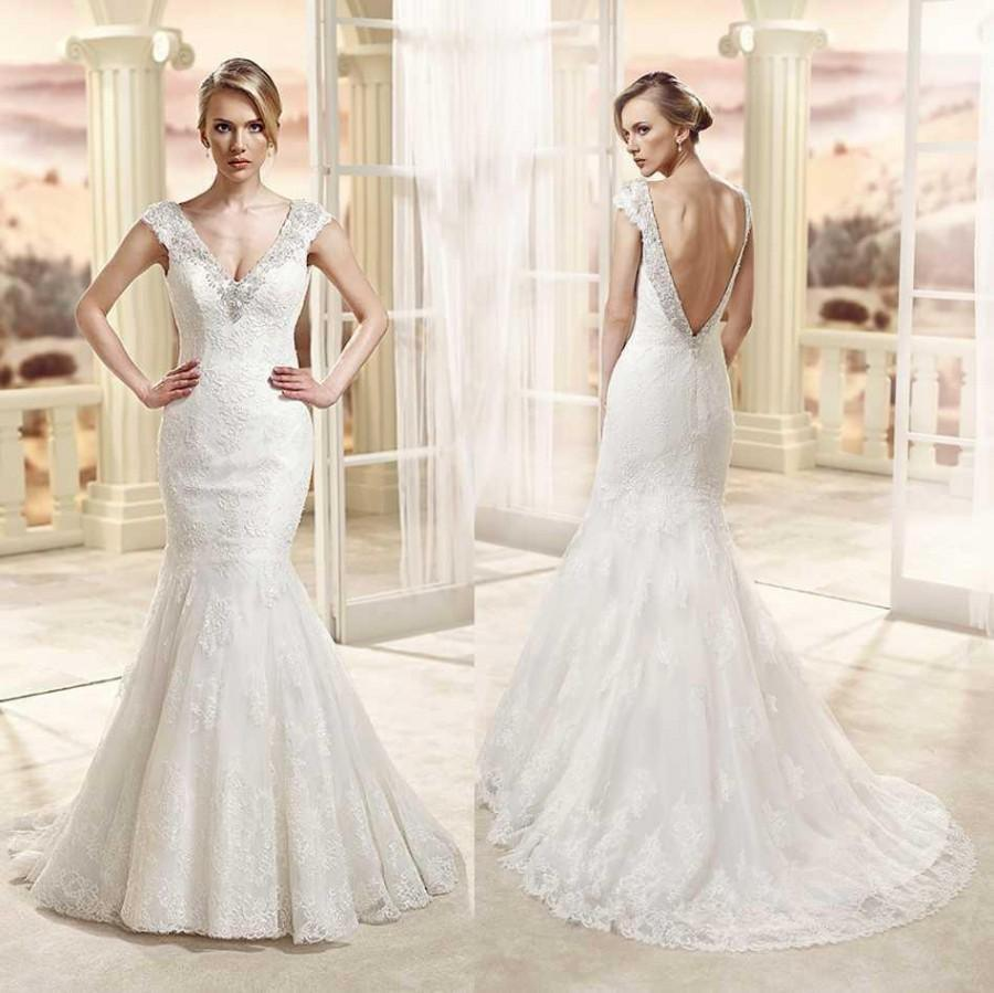 Dramatic 2015 mermaid wedding dresses ivory lace v neck for Ivory lace wedding dress with sleeves