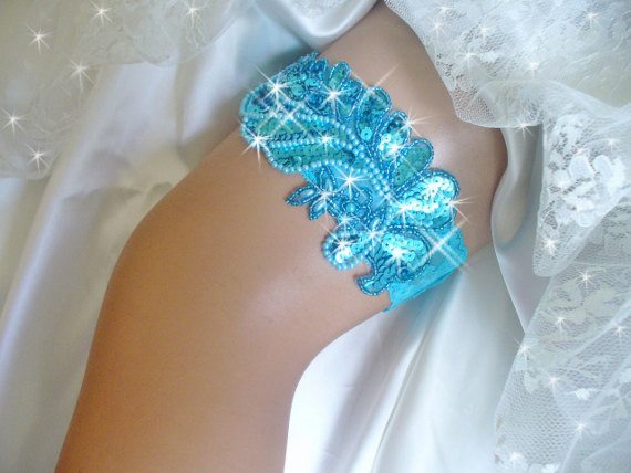 Свадьба - Something Blue,  Aqua Blue Wedding Garter, Wedding Traditions, Wedding Lingerie, Bridal Garter, Blue Garter, Blue Sequin Garter, Aqua Garter