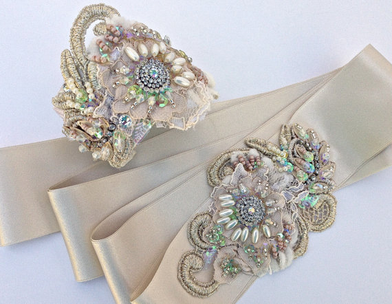 Свадьба - Beaded Lace Bridal Sash & Cuff Set In Pale Champagne, Ivory And Vintage Gold With Crystals And Pearls,Wedding Dress Sash, Bridal Lace Cuff