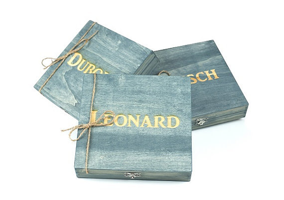 Hochzeit - Groomsmen Gift - 6 Rustic Cigar Boxes With Laser Engraved Names-FREE Shipping - Personalized & Stained - FREE SHIPPING - Felt Lined Bottom
