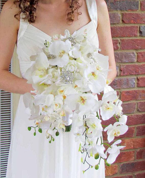 Mariage - White Orchid Bouquet with Silver Brooches for your Wedding, Example Only, DO NOT PURCHASE