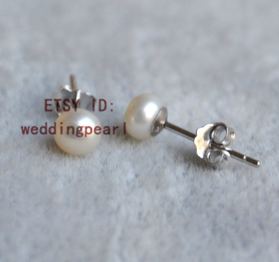Tiny Pearl Earrings Aaa 4 5 5mm White Freshwater Little Earring Stud Children Earings Bridal