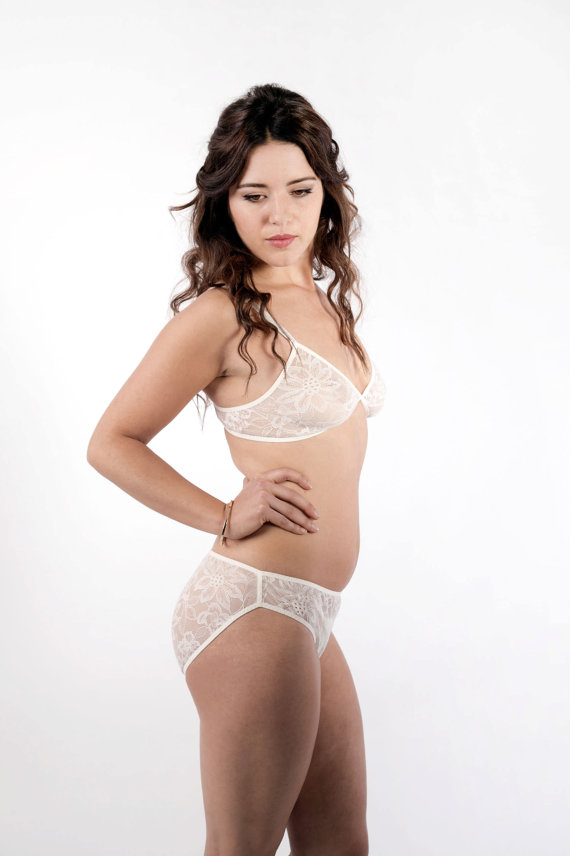 Mariage - Ivory Lace Lingerie Set. Soft Cup Bralette and Panties. By Nahina