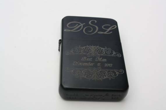 Свадьба - 6 ENGRAVED LIGHTERs Wind Proof Fliptop Black Photo Engraved Custom Personalized Wedding Groomsmen Bridesmaid