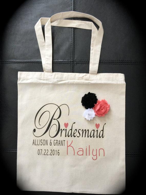 Свадьба - Personalized Bridesmaid gift bag wedding married bride