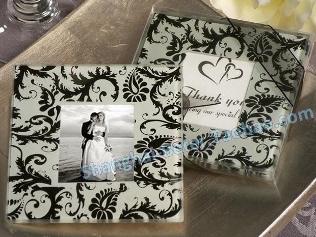 Mariage - Photo Coaster Wholesale BETER BD039 Damask Wedding Favours from Reliable wedding favour gifts suppliers on Shanghai Beter Gifts Co., Ltd.