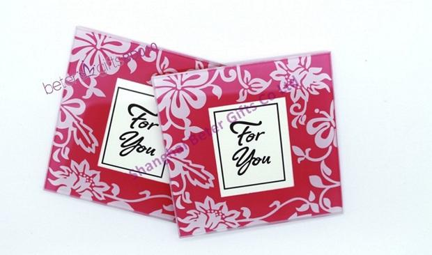 Mariage - 100box Wholesale Wedding Favours, Birthday Party Favors Spring Coaster Hot Sale BETER BD010 from Reliable coaster black suppliers on Shanghai Beter Gifts Co., Ltd.