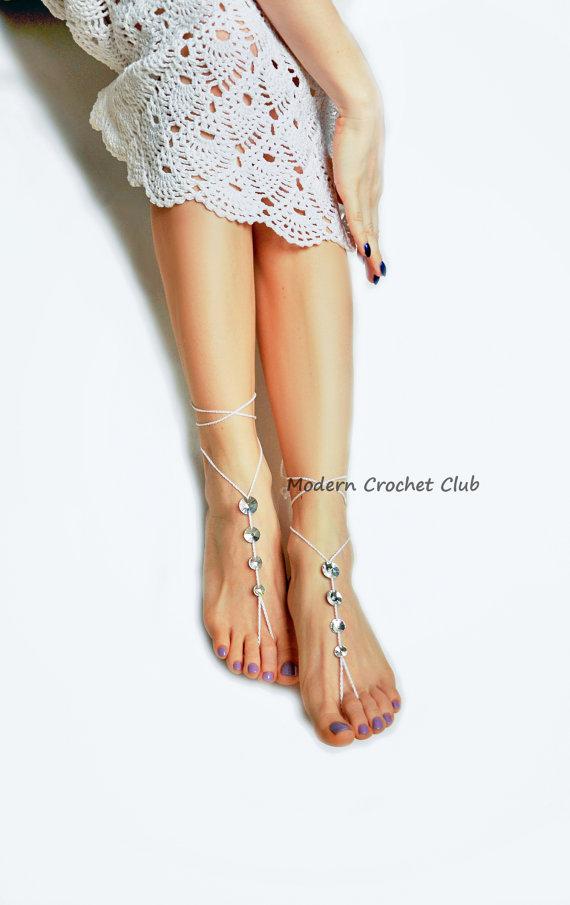 Hochzeit - Crystal Barefoot Sandals,CRYSTALLIZED - Swarovski Elements beach wedding shoes,bridal foot jewelry,beach shoes,barefoot sandles,crochet