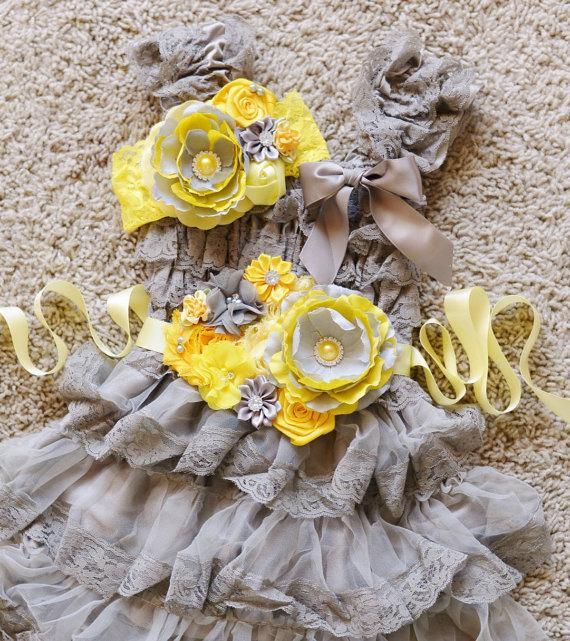 Свадьба - yellow grey lace dress sash and headband set,grey yellow dress,Flower girl dress,First/ 1st Birthday Dress,Vintage style,girs photo outfit