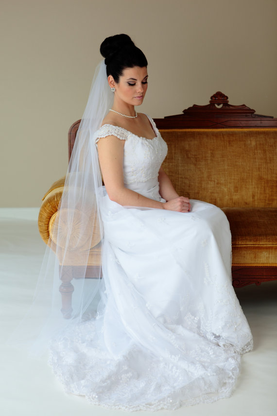 "Свадьба - 1-tier Cathedral veil , bridal veil, Available in 90"" thru 120"" and Royal 140"" thru 160"" lengths"