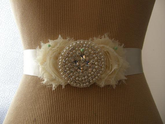 Свадьба - Wedding Belt, Bridal Belt, Bridesmaid Belt, Sash Belt, Wedding Sash, Bridal Sash, Belt, Crystal Rhinestone/Pearl, Chiffon Flowers