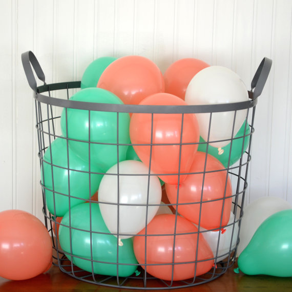 Mariage - Beach Mix 2 Miniature Party Balloons, Coral, Dark Mint and White