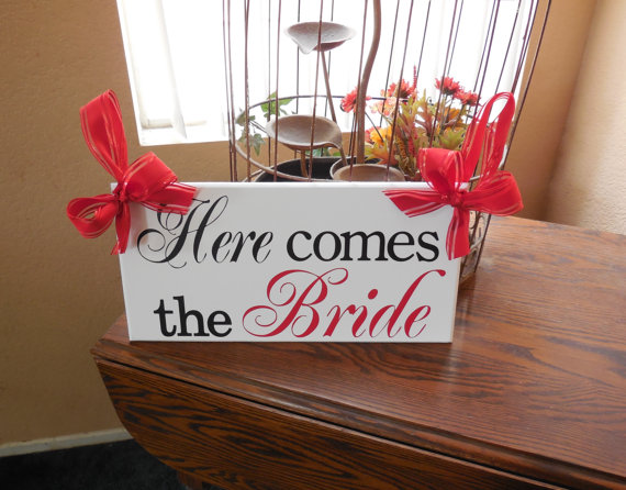 زفاف - Here Comes the Bride (Black, Red)...Just Married...they lived happily ever after...two sided sign