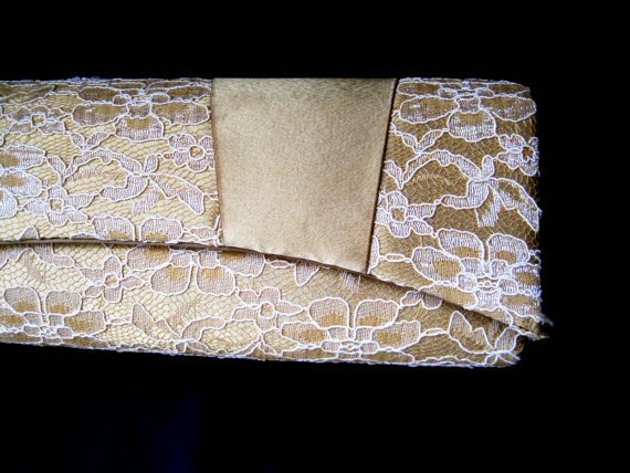 Mariage - Vintage Purse, 1960s, Gold Bow Clutch Purse, Lace Overlay, Bijoux Terner, Double Snap Closure, Clutch Purse, Retro, Wedding, Evening Wear