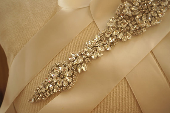 Свадьба - crystal rhinestone applique, beaded applique,wedding sash applique, bridal headband applique,bridal comb rhinestone