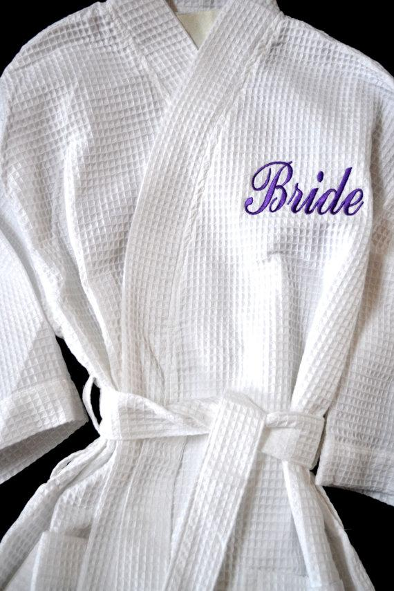 Свадьба - Bride Robe Bridesmaid Robe Personalized Bridesmaid Gifts Monogram Robe Monogram Waffle Robe Kimono Bridal Robe Personalized Bridesmaids Gift