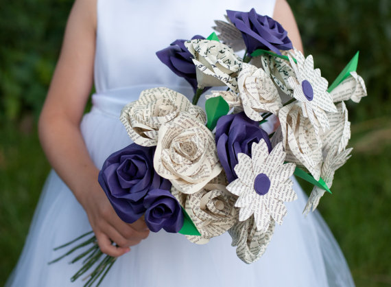 Mariage - Custom Mixed 18 Paper/ Book Page Flower Bouquet