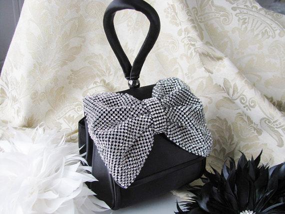 زفاف - Black Satin Fabric Wedding Bag Clutch Formal Evening Bag Rinestone Fabric Bow and Wrist strap
