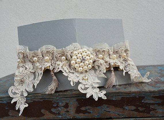 Hochzeit - Wedding leg garter, Pearl Lace Garter, Rustic Wedding Garter, Bridal Garter , Cream Lace, Lace Garter, ,Wedding Accessory