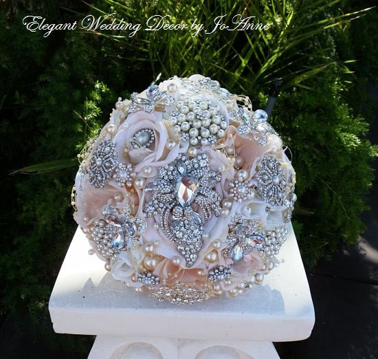 Mariage - PINK BROOCH BOUQUET - Deposit for Custom Blush Pink Brooch Bouquet, pink Jeweled Wedding Bouquet, Brooch Bouquet, Full price 435