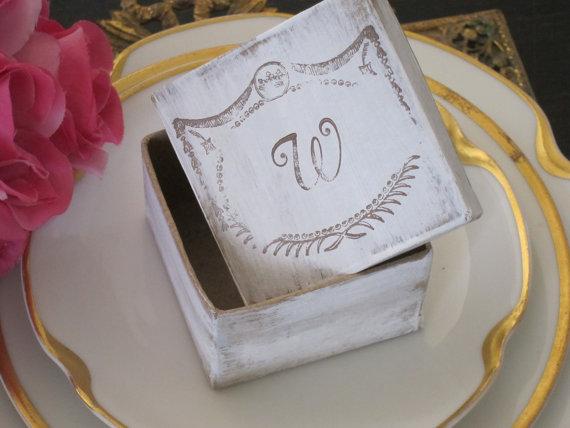 Mariage - Ring Bearer Box Rustic Wedding Ring Box Rustic Chic Wedding Box Monogrammed Wedding Box Wedding Ring Box Keepsake Box Rustic Wedding Decor
