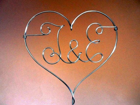 Hochzeit - Personalized - Heart  Cake Topper stick - Wedding Cake Topper Wire Love - Gold Cake topper - Silver Cake Topper