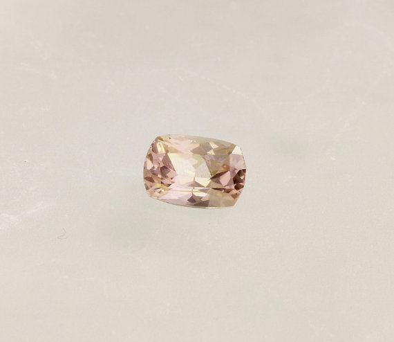 Mariage - Padparadscha Color Spinel Cushion Shape for Engagement Ring or Fine Jewelry Morgnite Alternative