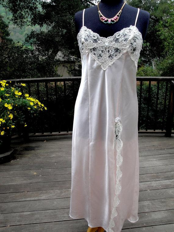 Свадьба - Vintage Lingerie Pale Pink Satin and Ivory Alencon Lace Slip Night Gown Camisole Bridal Wedding by Dentelle Made in USA Size Medium 107