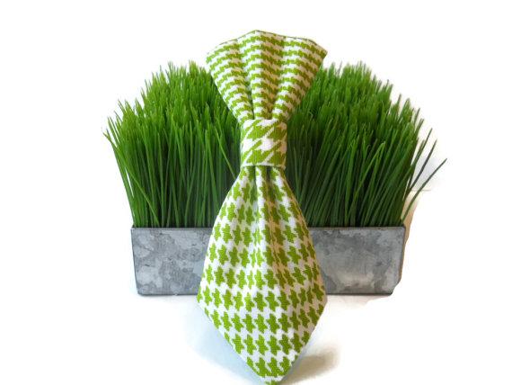 زفاف - Green and white houndstooth dog neck tie...Your choice of size