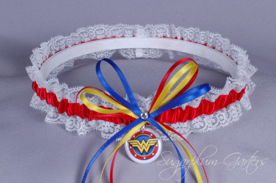 Свадьба - Wonder Woman Lace Wedding Garter