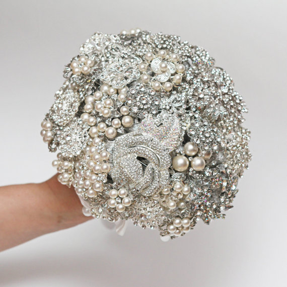 Wedding - brooch bouquet, wedding bouquet, bridal bouquet, bridesmaids bouquets, wedding decor, brooch decor, brooch accessories, white wedding
