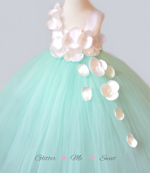 Свадьба - Mint Flower Girl Dress - Tutu Dress Flower Girl - Flower Girl Tulle Dress - Mint Tulle Dress -Tulle Dresses For Girls -Toddler Pageant Dress