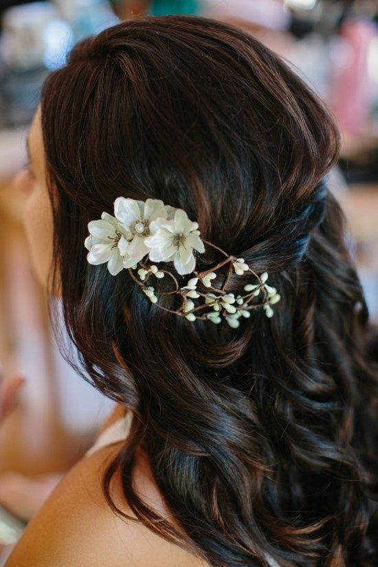 Very Simple Wedding Makeup : Accessories - Very Pretty And Simple Hair Makeup Idea ...